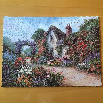An Old-World Homestead (Cottage & Garden) - Games