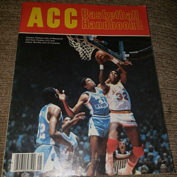 81-82 michael Jordan first mint magazine - Basketball