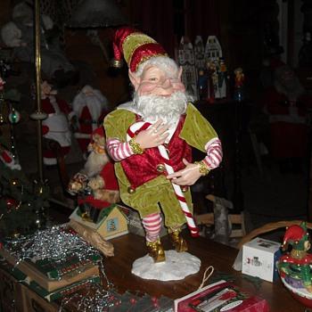 Elves and Mortimer Snerd - Christmas