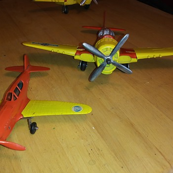 More Hubley Planes - Toys