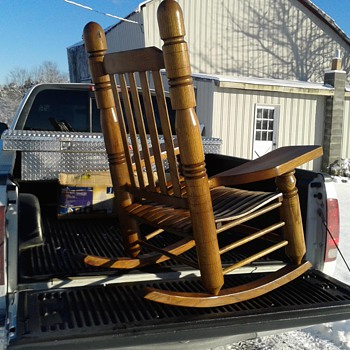 like to get more information on this old oak rocking chair