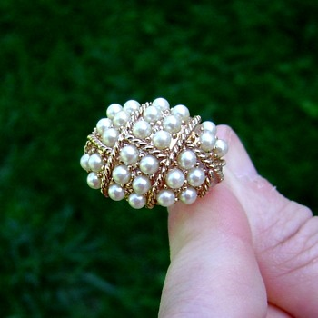 Sarah Coventry Ring - Evening Cluster - Costume Jewelry