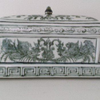 Chinese green and white containers - Asian