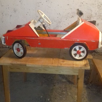 pedal car from USSR - Model Cars