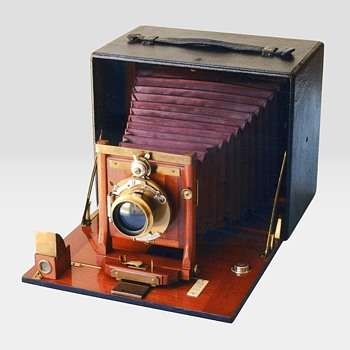 Manhattan Optical Company, Bo Peep Camera. 1898 - Cameras