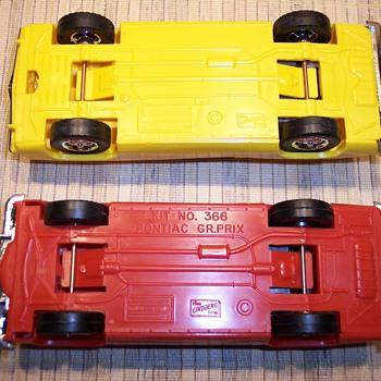 Lindberg Line Model Cars - Model Cars