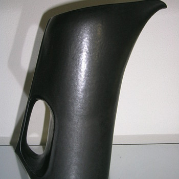black theapot - Pottery