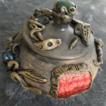 What is it and who made it? - Pottery