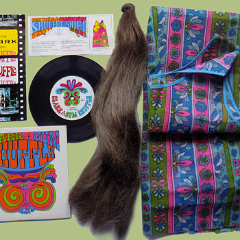"1960s Clark Gum Shuffle Psychedelic Advertising Party Kit w ""Paper"" Dress. - Advertising"