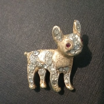 BSK  French bulldog pin  - Costume Jewelry