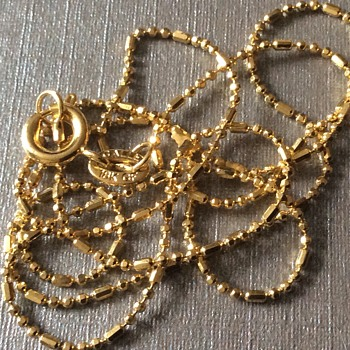 Old gold necklace  - Costume Jewelry