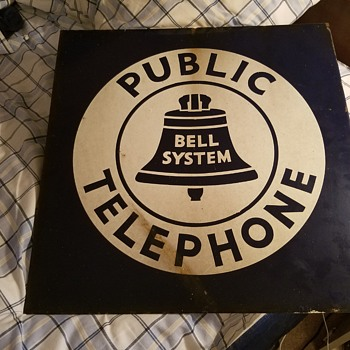 "18"" x 18"" 1939 model Bell sign - Telephones"