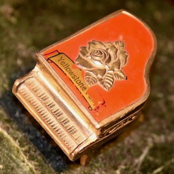 Yellowstone Souvenir - Grand Piano? - Advertising