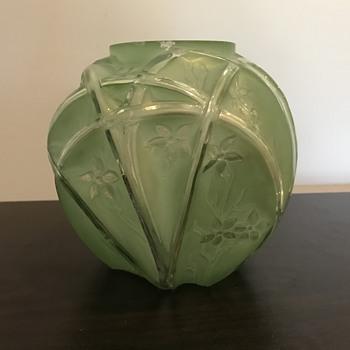 Glass vase - Art Glass