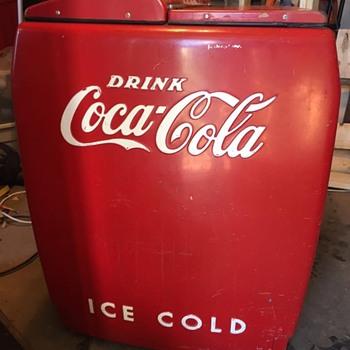 Westinghouse WD12 CocaCola cooler  - Coca-Cola