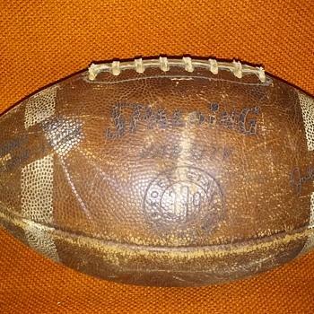 old SPALDING VARSITY football, John Unitas - Football
