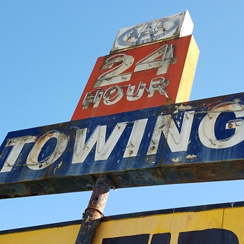 AAA 24 Hour Towing - Signs