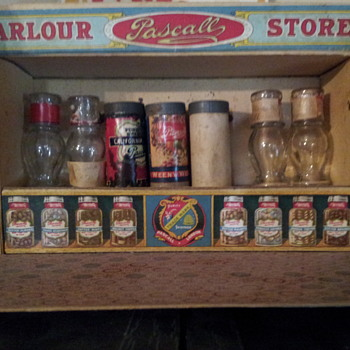 Pascall Parlour Store. - Advertising