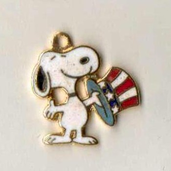 "Bicentennial ""Snoopy"" Charm - Costume Jewelry"