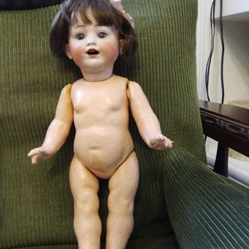 I need you to help me identify this doll.