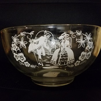 Glass Bowl with Dancing Man and Woman