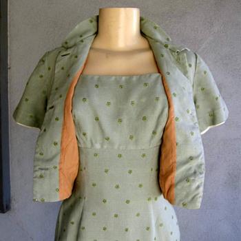 A Vintage Linen 2 pc Dress w/ Bolo - Womens Clothing
