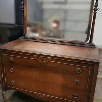 Dresser with mirror - Furniture