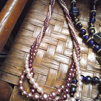 """Tri-colored """"pearls""""by RMN (Roman Co?)"""