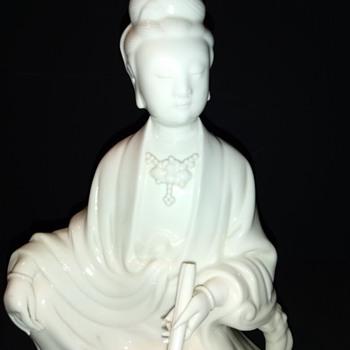 Chinese Blanc de chine Guan yin - Asian