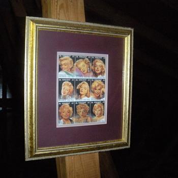 marilyne monroe stamps