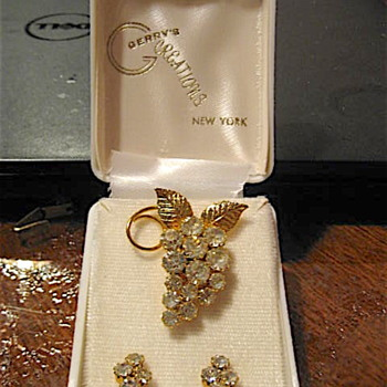 Gerry's Creations NY - Rhinestone Brooch and Earring Set - Costume Jewelry