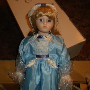 Harlequin Reader Service Porcelain Doll - Box postmarked Apr 10 1990 - Dolls