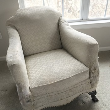 "What is the ""style"" or name of the chair I inherited from my late grandmother?"