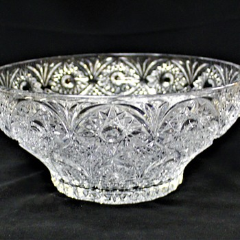 Imperial? Hobstar & Arches 10 Inch Bowl - Glassware