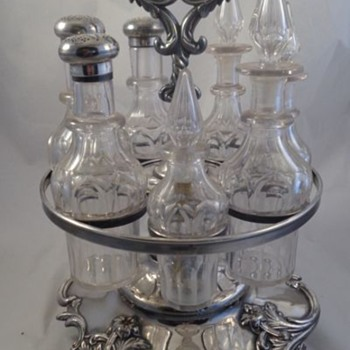 English Cruet Set Sterling Tops 1900  - Victorian Era