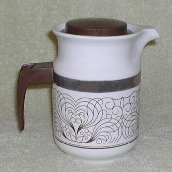 Porcelain Coffee Pot - Brasil - Kitchen