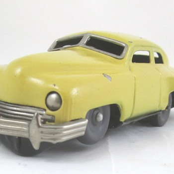 Fraiser Tin Wind-Up Car - Toys