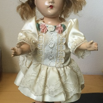 Antique Bisque Porcelaine Jointed Sleepy Eyed Female Doll
