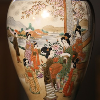 Large Satsuma Vase with a Cobalt Blue Background - Asian