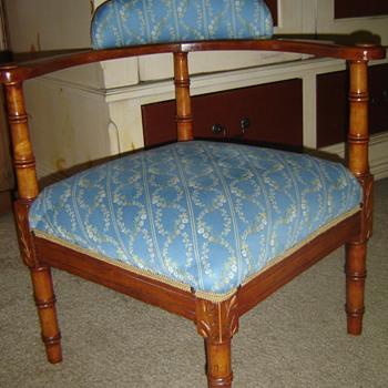 Cute Little Corner Chair - Furniture