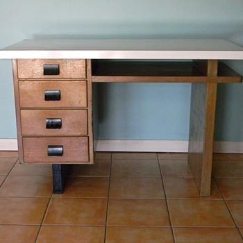 Cool Old Wood Desk - 1940s - Furniture