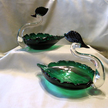 Green Japanese Swans - Art Glass