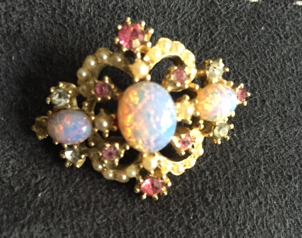 white mw landscape jewellery no designs b brooch michele opal silver and