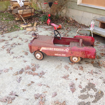 1980's peddle fire truck