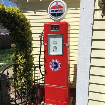 "Bowser gas pump ""Standard Oil"" theme - Petroliana"