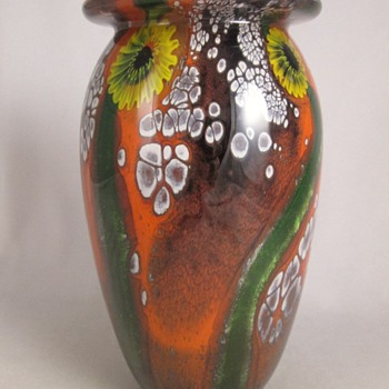 Robert Eickholt Sunflower Paperweight Vase. - Art Glass