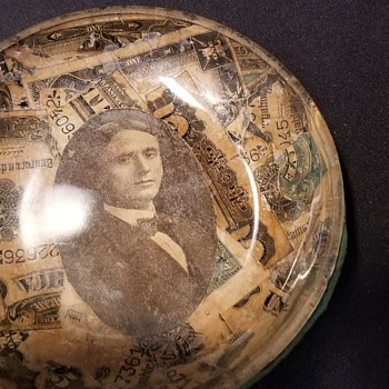 Glass change bowl? - Photographs
