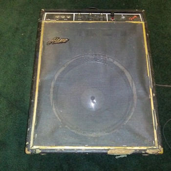 Vintage Alamo Amplifier..... - Guitars