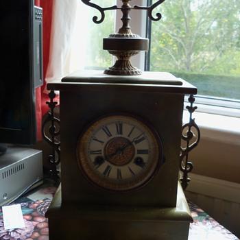 Mantle clock - Clocks