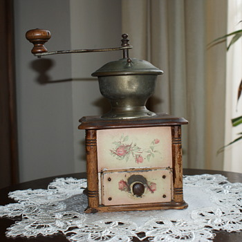 Very Old Coffee Grinder/Mill - Kitchen